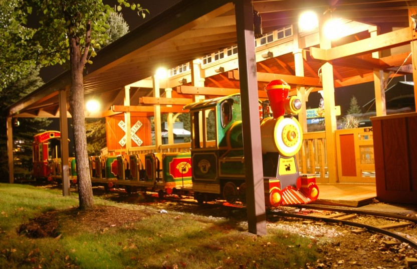 Train at Bengtson's Pumpkin Farm